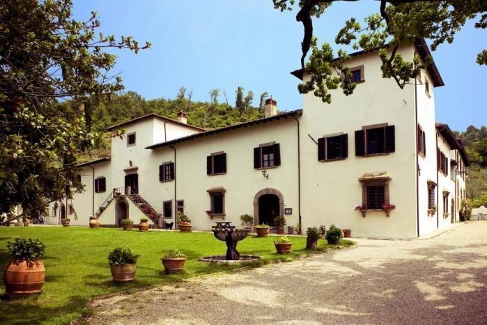 chianti holiday lodging T4,swimming pool,restaurant,tennis court,wine,olive oil, alquiler vacacional en Pelago