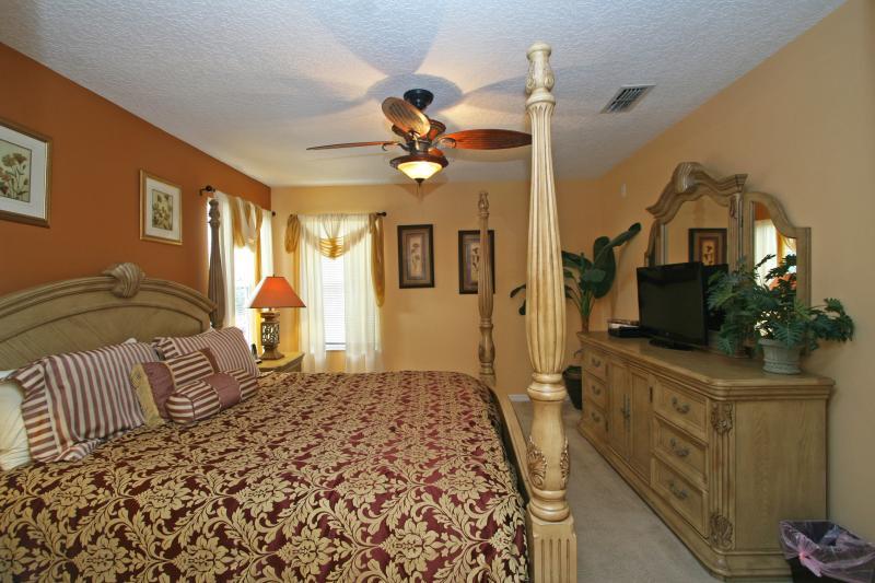 Second floor king master-suite (Bedroom #2)