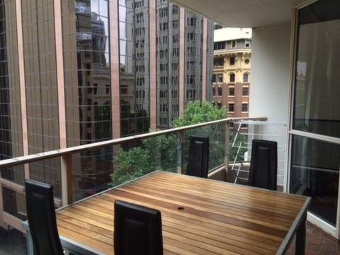 2 Bedroom Apartment 5 mins from Circular Quay, vacation rental in Sydney