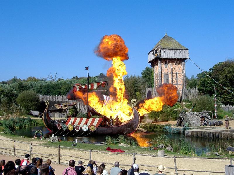 Award winning nearby Theme Park - Puy du Fou