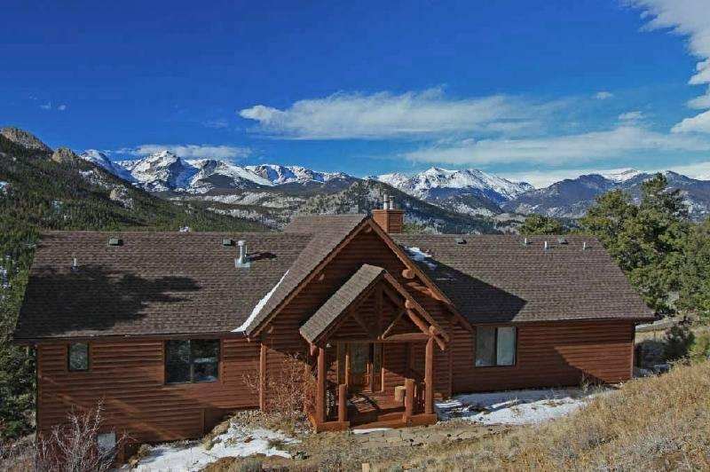 Highest Rated Vacation Home in Estes Park for over 5 consecutive years! 150 verified 5 star reviews