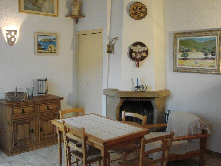 Dining cottage No. 4