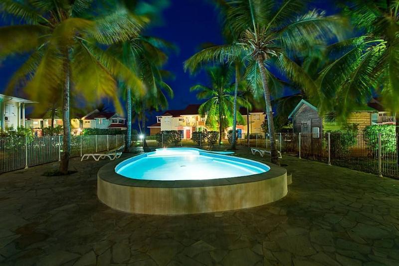 Little Night Pool