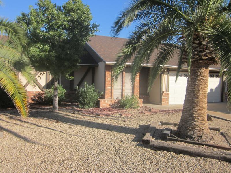 Home,  2 miles from University of Phoenix Stadium, vacation rental in Glendale