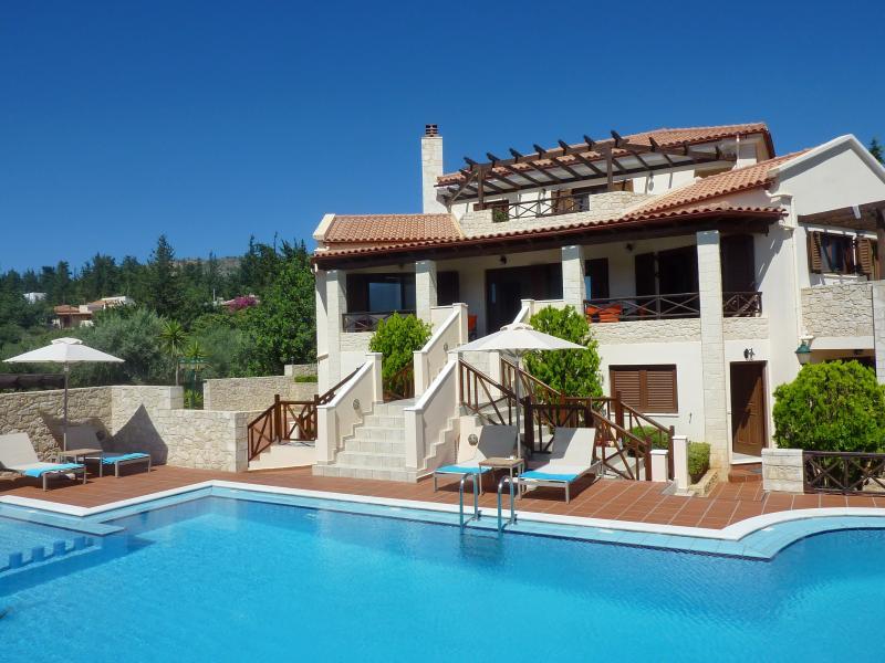 Villa Metapothia