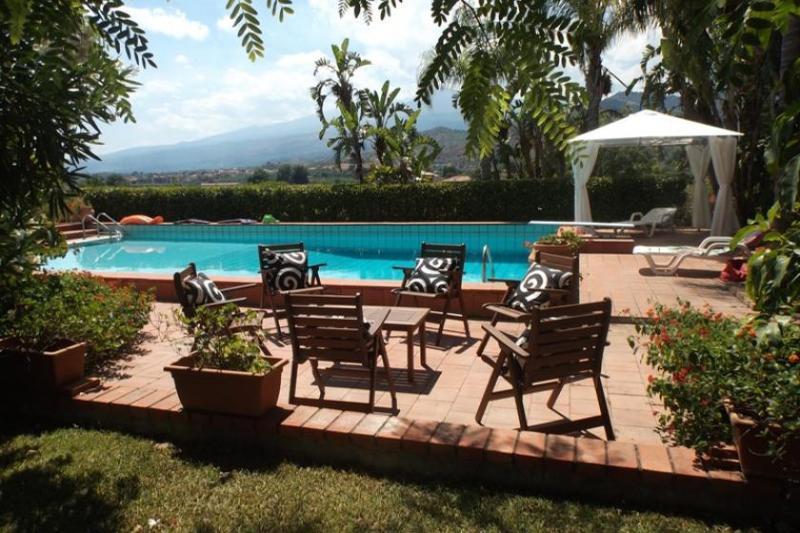 Villa Taormina, holiday rental in Trappitello