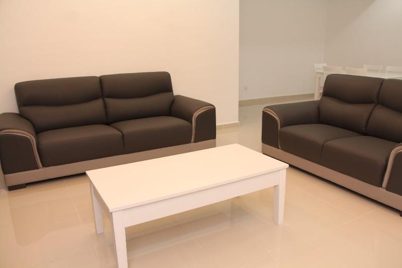 3 + 2-Sitzer Sofa, Couchtisch