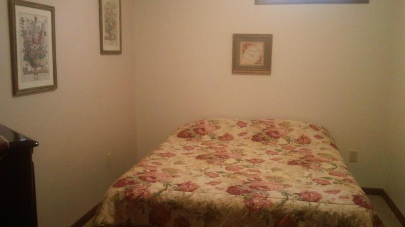 Guest Room~ double bed