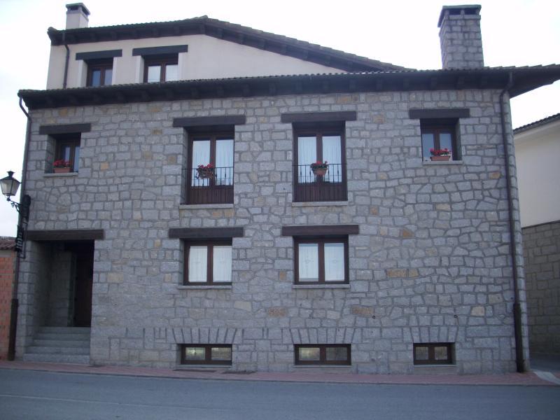 CASA ALVAL, holiday rental in Vega de Santa Maria