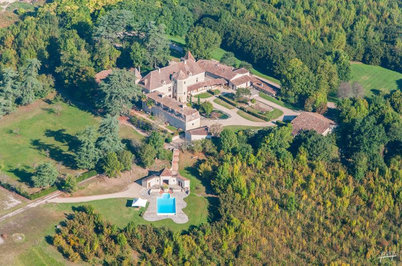 Château de Lauquerie, vacation rental in Serres-et-Montguyard