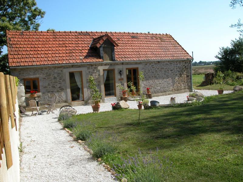 Le Vieux Pressoir, casa vacanza a Sainteny