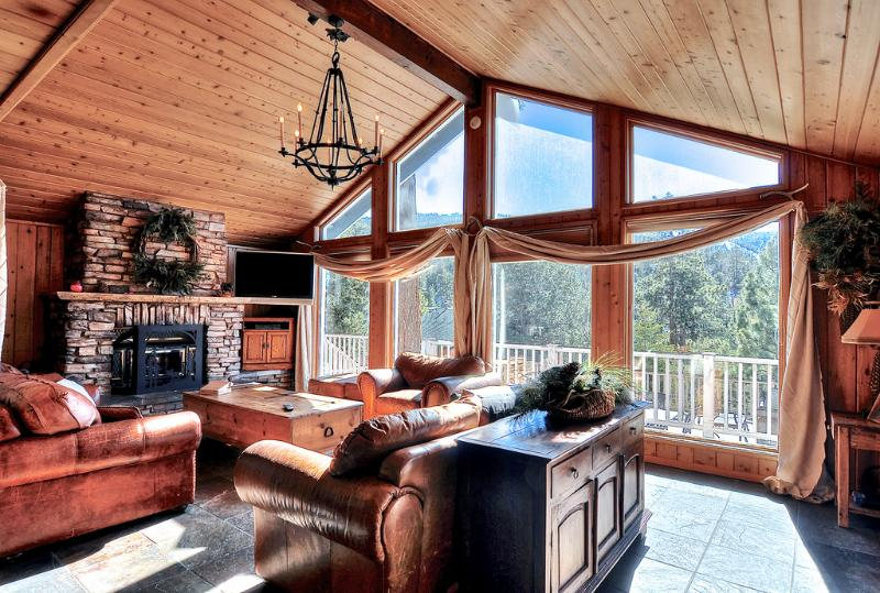 Big Bear Lake Vacation Rental with designer decoration and panoramic views