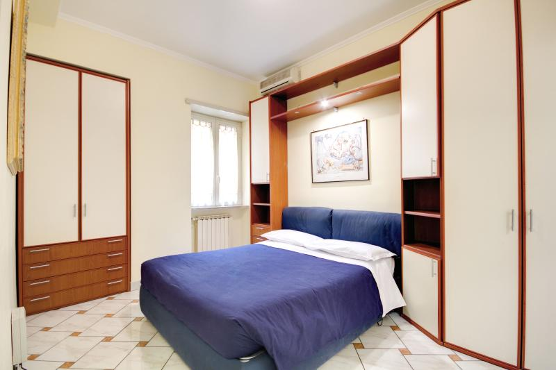 bedroom/bedroom
