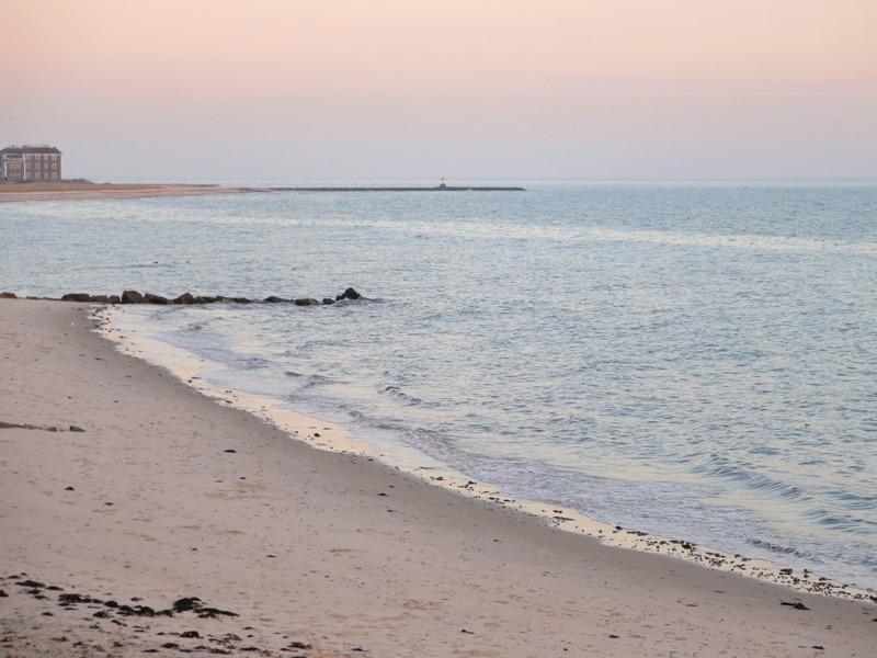 Als je het zand in je schoenen hebt, kom je altijd terug. Atlantic Avenue Beach in Harwich Port - Vakantiewoningen in Harwich Port Cape Cod New England
