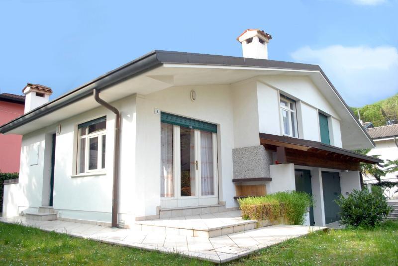 Villetta Vela, vacation rental in Lignano Pineta