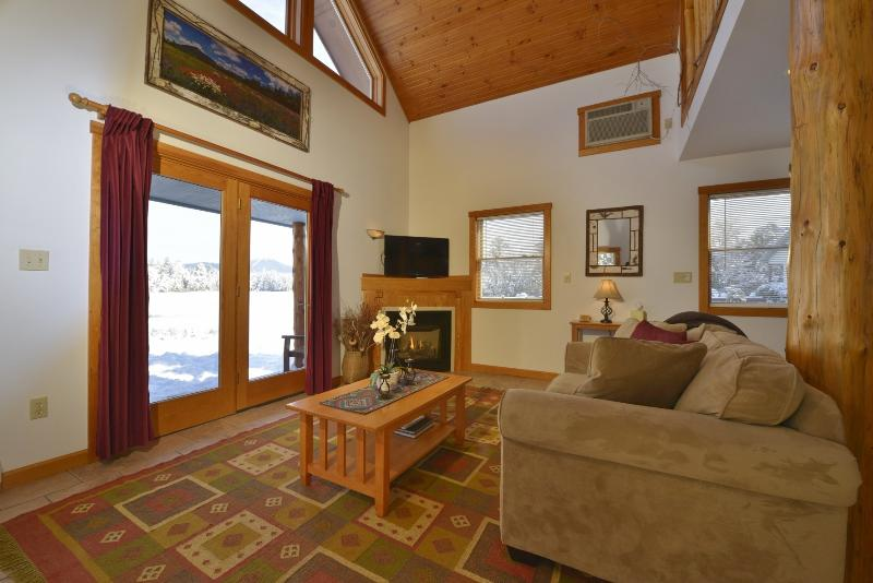 The Mallard living room