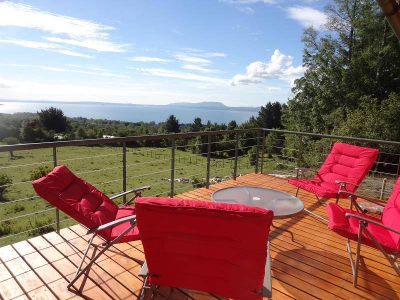Romance del Lago Deck and View