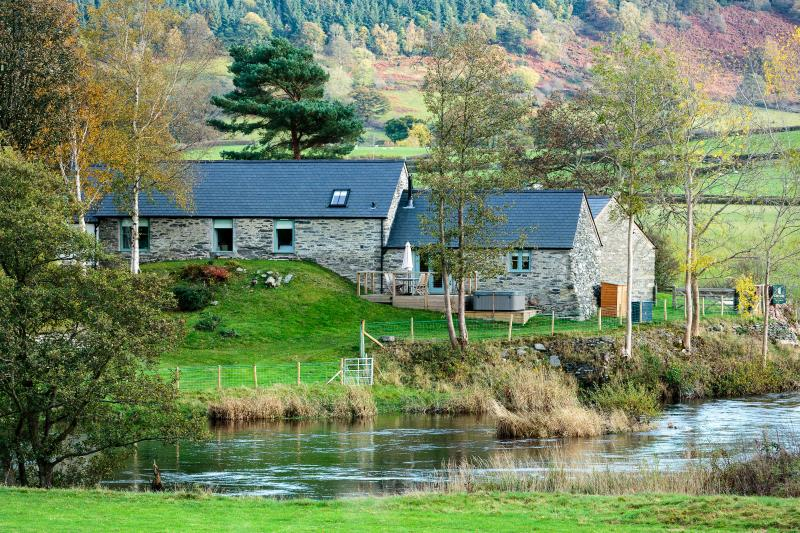Flyfishers Cottage located on the banks of the River Dee.