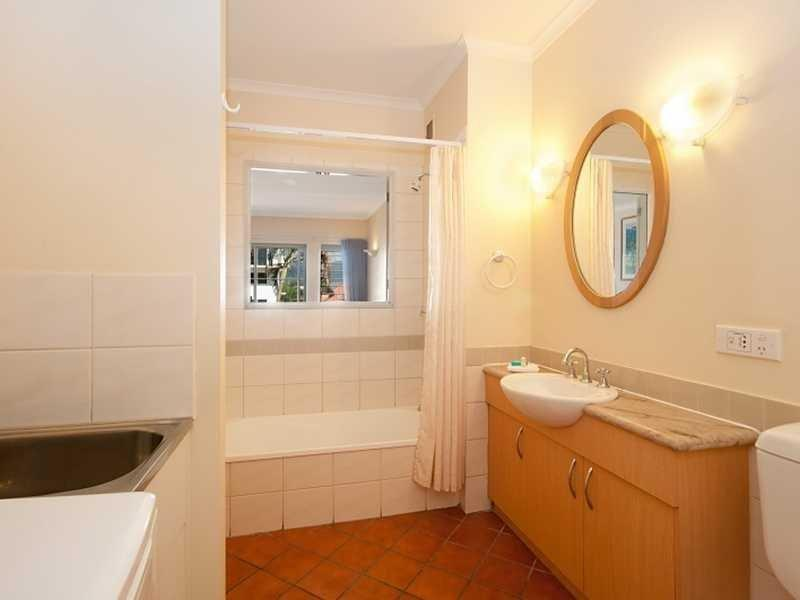 Large bathroom with Laundry and Clothes Dryer