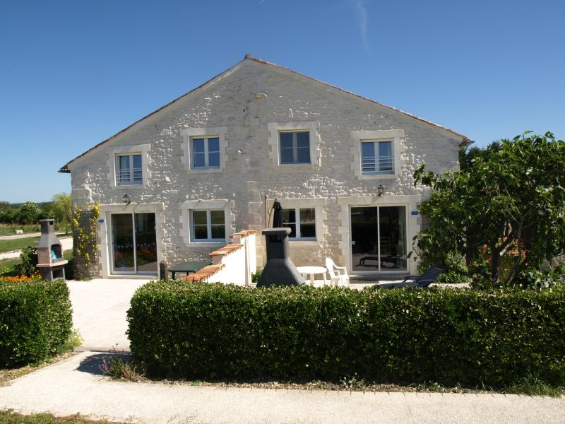 Beautiful stone cottages (La Grange - The fig tree and L - R)