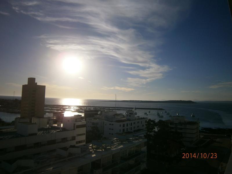 A la tarde, una espectacular puesta de sol