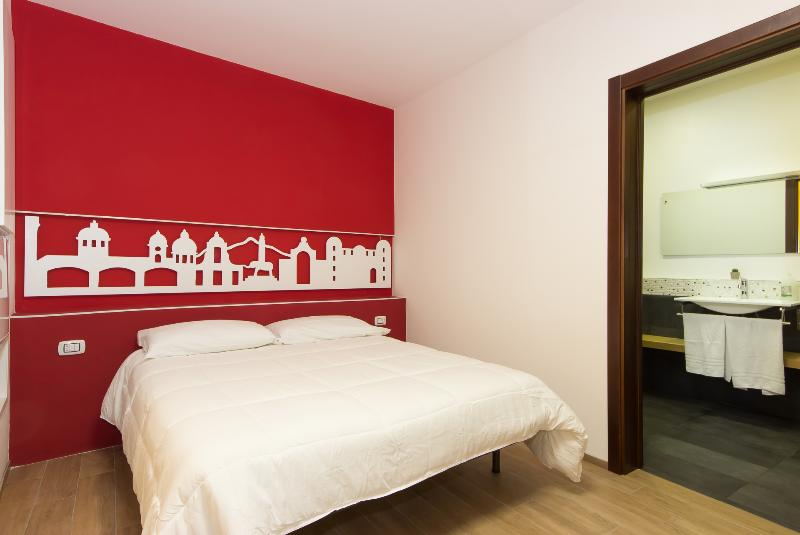 IL RE, holiday rental in Misterbianco