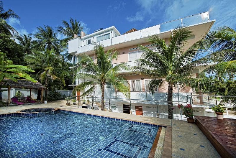 Modern Family Apartment 2 BDR/BTR, casa vacanza a Ya Nui