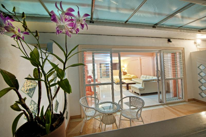 Lovely Apartment For Couples, casa vacanza a Ya Nui