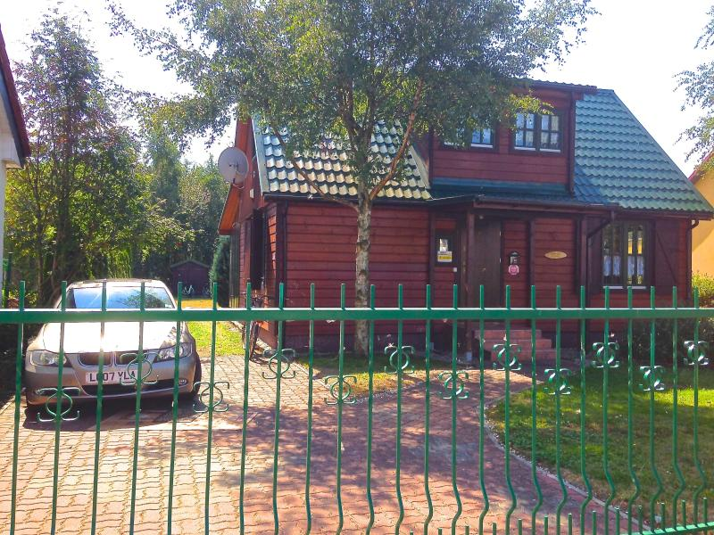 SUMMER COTTAGE  BY THE SEA, holiday rental in Mrzezyno