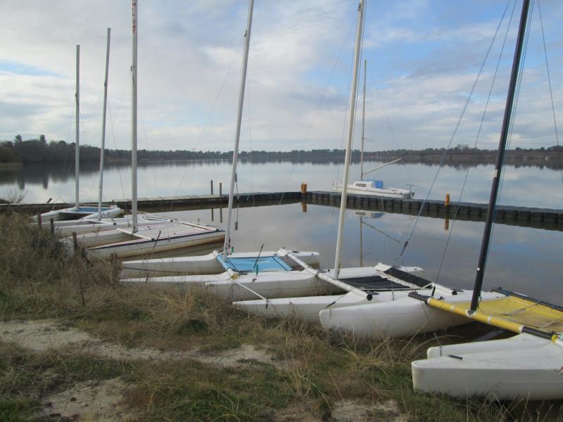 Nautical activities in the Lake of Arjuzanx (10 km)