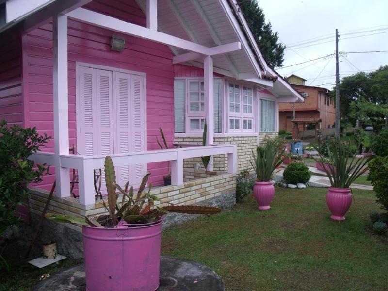 chale enkanto rosa, holiday rental in Roca Sales