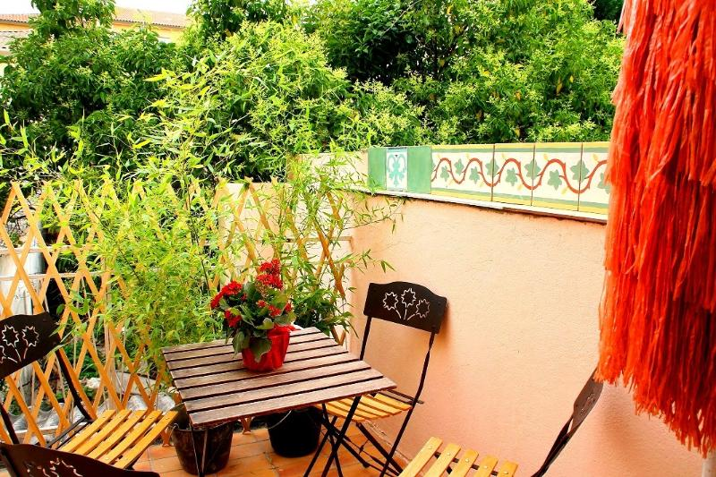 location appartement Hyeres STUDIO COCOONING