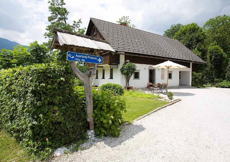 Apartments Pristavec in Bohinj (Top Left), holiday rental in Ribcev Laz