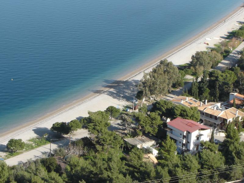 STAVENTO, Luxury Apartments infront Pounta beach, alquiler vacacional en Grecia Occidental