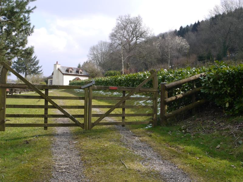 Cottage In Monmouthshire. Clay Shooting Available, holiday rental in Coed-Y-Paen