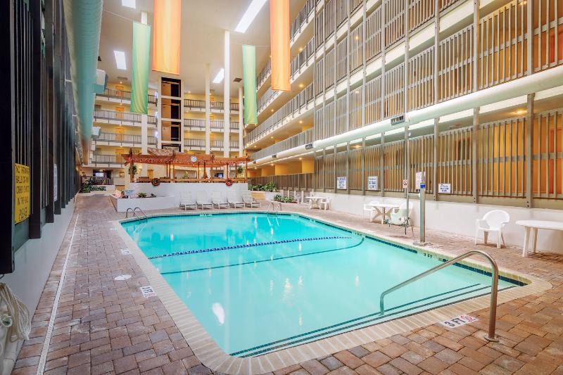 Indoor pool in B building