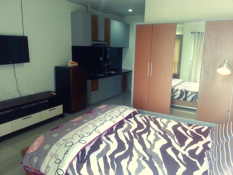 Cozy Comfy Tamansari Semanggi Apartment Jakarta, location de vacances à Jakarta