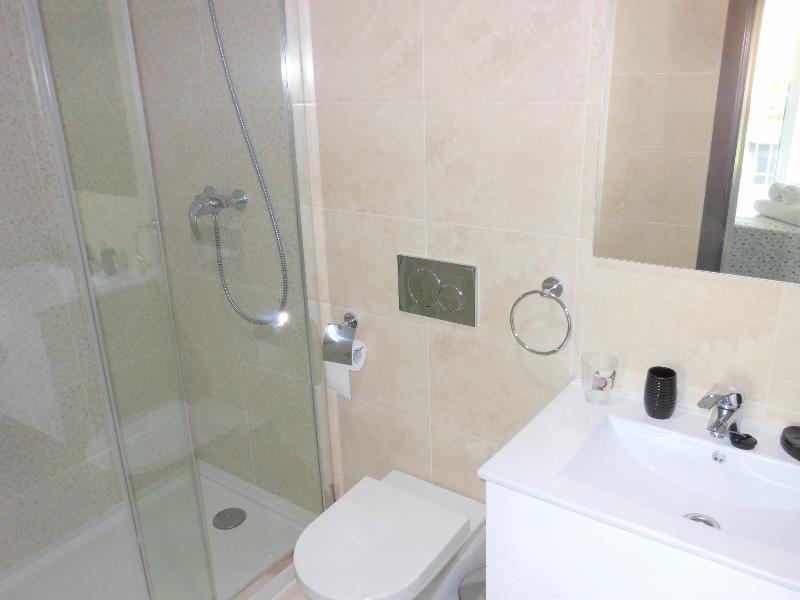 Double bedroom ensuite shower room