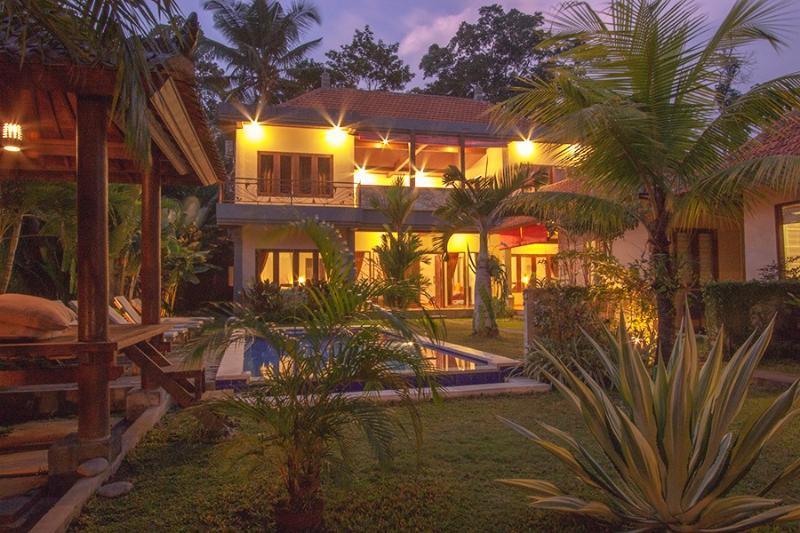 Hot Listing 4bd Pukakoo Villa Ubud Bali, holiday rental in Singakerta