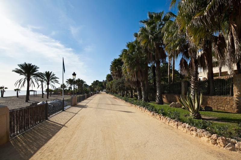 Promenade in front of the Las Canas Beach complex
