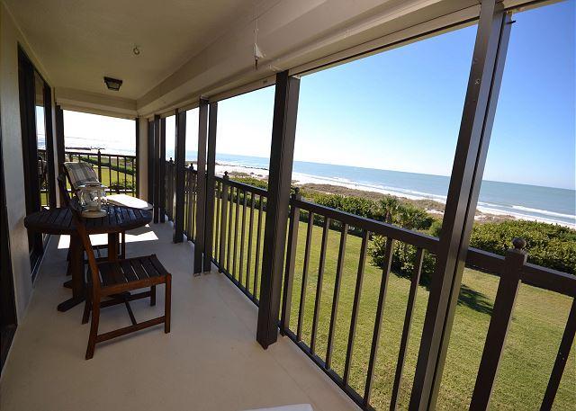 Beautiful gulf front balcony