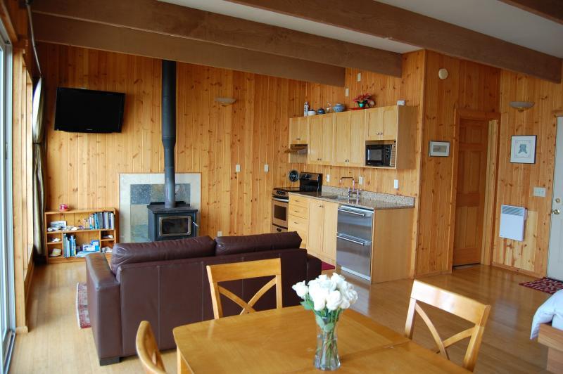 Abierto, abovedado techo espacio estilo Loft