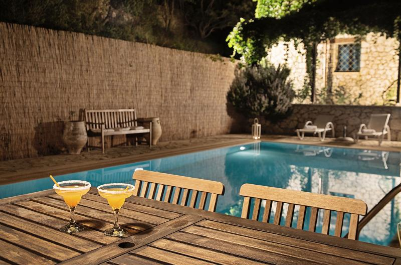 Evening drinks by the pool
