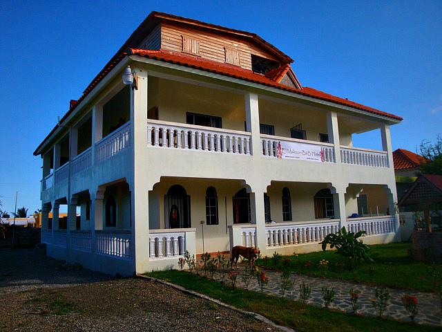 El Malecon B&B Hotel  Cabrera, holiday rental in Maria Trinidad Sanchez Province