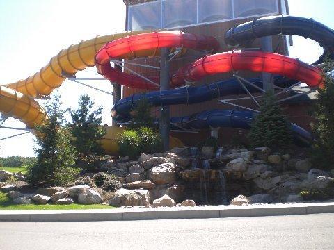 indoor water park t Split Rock