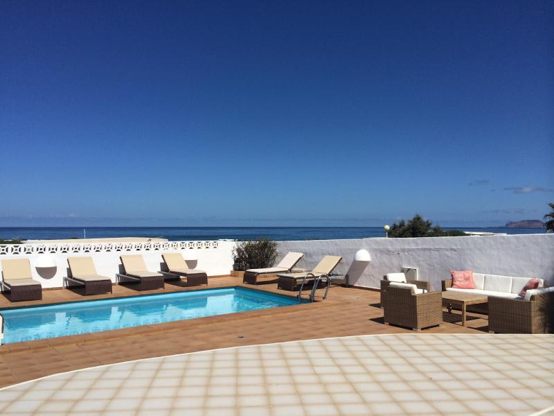 Beachside Villa, a luxery villa with pool, Famara, vacation rental in Los Valles