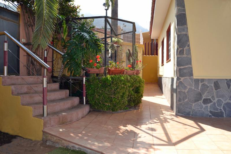 2 Bed family Villa close to the town, vacation rental in La Orotava