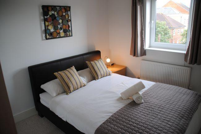 Bedroom with king sized bed; en-suite bathroom to give you room to relax