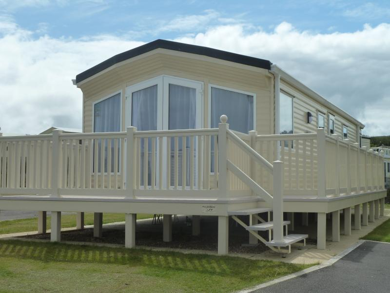 Superb 2012 Willerby Winchester with stunning sea views across Filey Bay