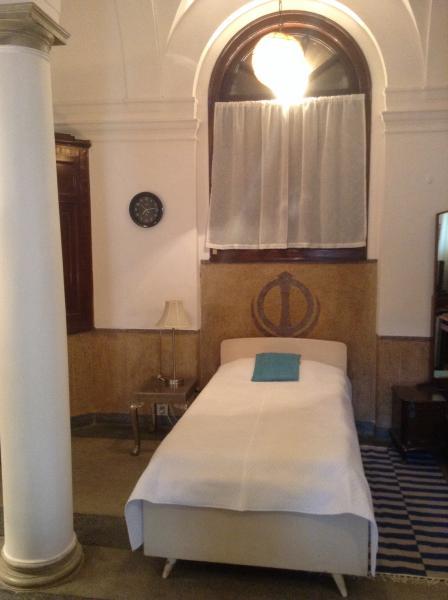 1 room breakfast, Central Delhi, holiday rental in National Capital Territory of Delhi